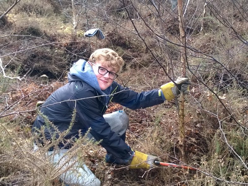 Saturday Hit Squad volunteers at Iping Common