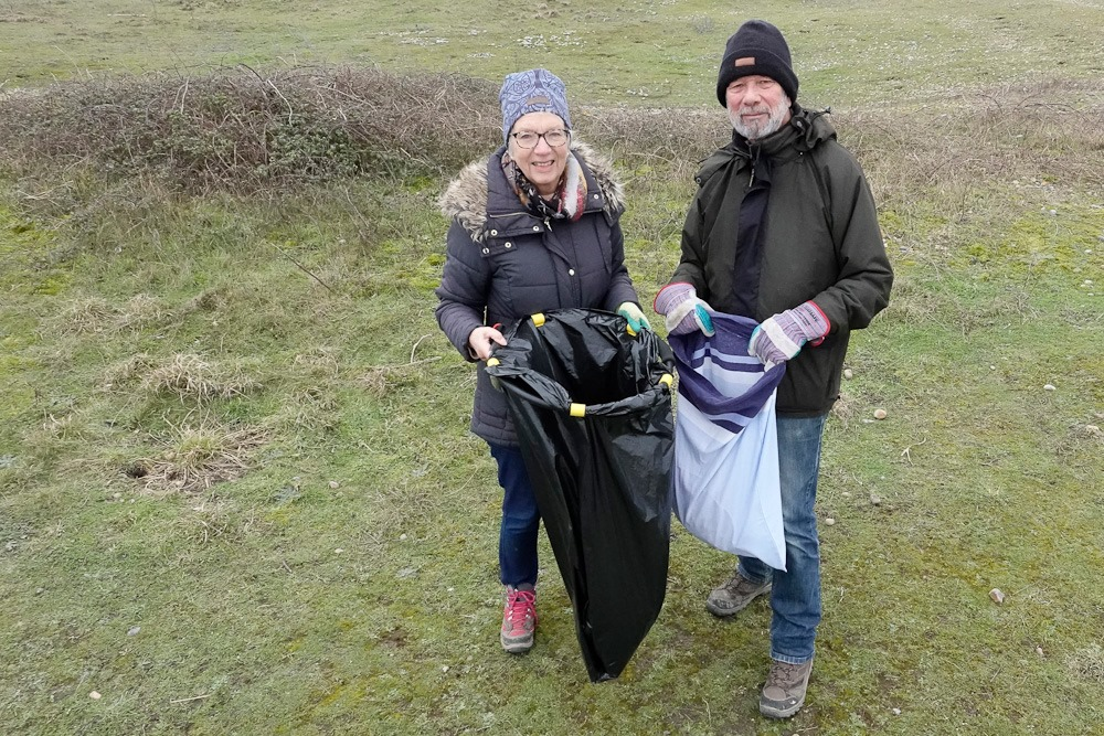 Beach clean at Rye Harbour Nature Reserve jan 2020 Barry YatesSussex Wildlife Trust