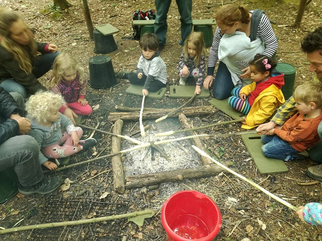 Brighton - Stanmer Park Nature Tots - Fridays (06/12 & 13/12/19)